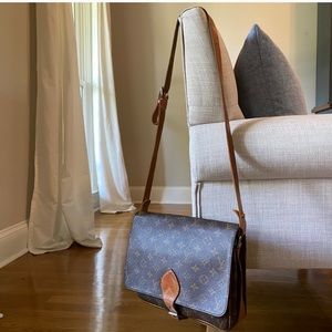 Louis Vuitton - Cartouchiere GM Crossbody Bag